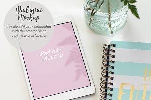 iPad mini Mockup #1