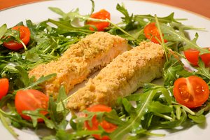 Baked pink salmon with rucola