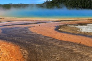 Grand Prismatic Spring // WY