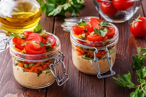 hummus with fresh vegetables