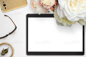 Tablet Mockup 003