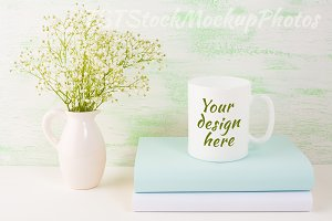 Coffee mug mockup light green