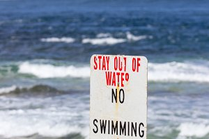 Warning sign about swimming