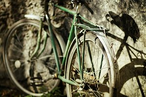old Bicycle near the wall