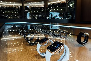Apple Watch in Paris