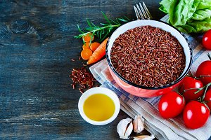 Red rice and and vegetables