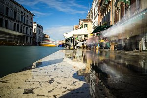 Venice Moving and Flooding