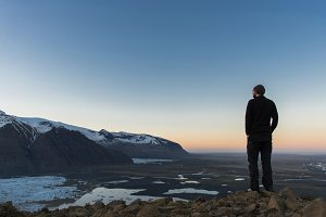 Man enjoying view over Mountains