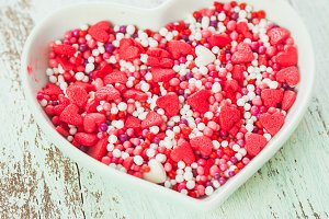 Valentine cake decorations