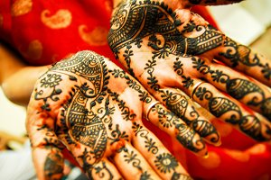 Mehndi/henna hands