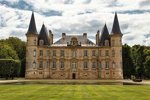 Pichon-Longueville castle