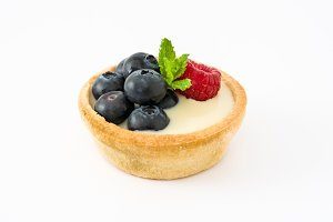 Delicious tartlet with raspberries