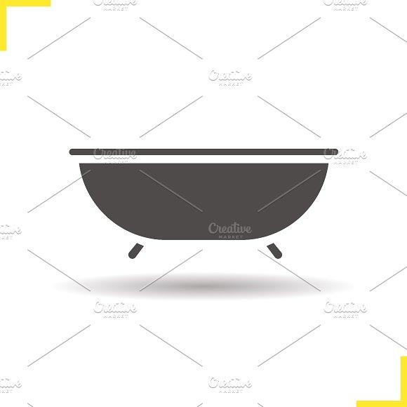 Bathtub icon. Vector - Icons