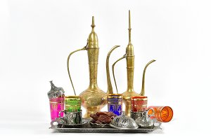 Arabic dishes and decorations
