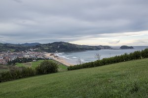 Zarautz reaching the trail