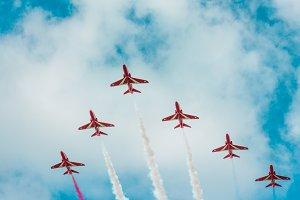 Arrow Head Planes
