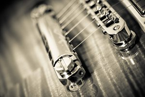 Vintage Guitar Bridge Strings B&W