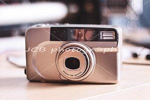 Analogic compact camera
