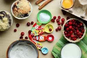 Baking muffins with berries