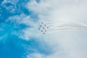 Arrowhead with Planes