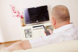 TV viewer with remote control