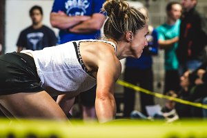 Crossfit Lifting - Woman