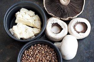 Buckwheat, blue cheese and mushrooms