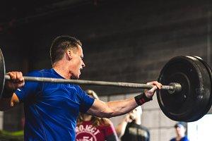 Crossfit Lifting & Dropping - Man