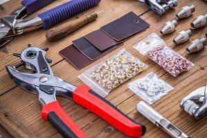 Hole punch tool kit