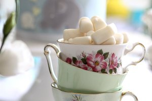 Vintage tea cup and marshmallows