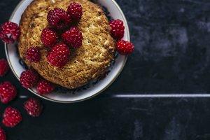 Cookies with raspberries