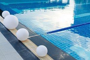 Swimming pool lane rope