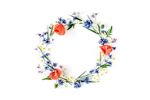 Floral wreath frame with poppies