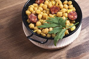 Chickpeas with sausage in a crockpot