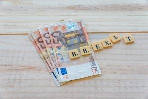 Brexit text on euro money