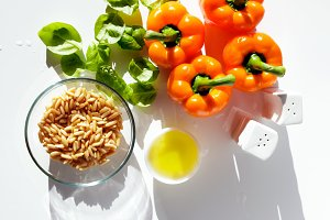 ingredients for pesto pasta