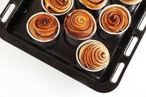 sweet spiral buns with cocoa