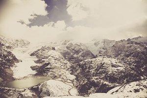 sustenpass - CH glacial lake