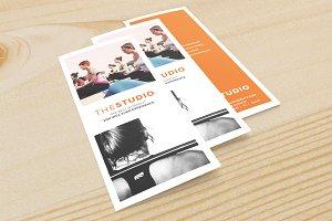 The Studio Minimal Tri-Fold 8.5 x 11