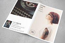 The Creative Minimal BiFold 8.5 x 11