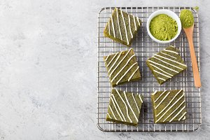 Matcha green tea brownie cake with white chocolate