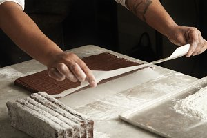 Work in artisan confectionery