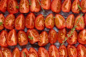 Tomatoes background / pattern