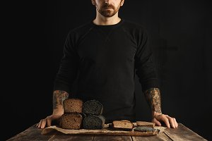 Bread and caviar rustic dark set