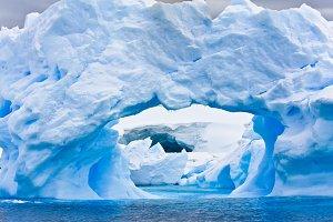 Large Arctic iceberg