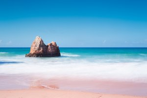 Praia Dos Tres Irmeos