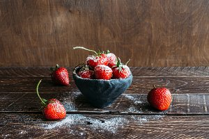 strawberries in powdered sugar