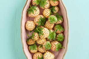 Pineberries in a bowl