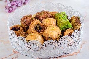 Tray with mixed baklava