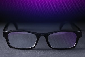 Eyeglasses in Blue Purple Light